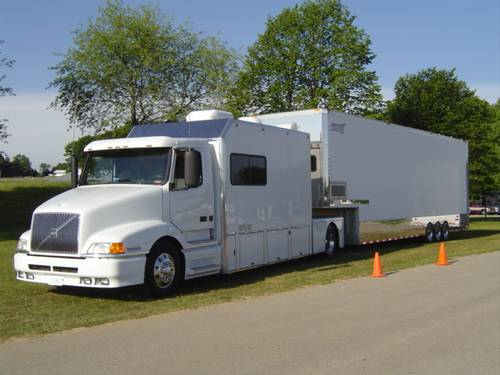 2001 Volvo 14 FT Contender Series II Toterhome with 2003 Renegade 40 FT Trailer – RonSusser.com