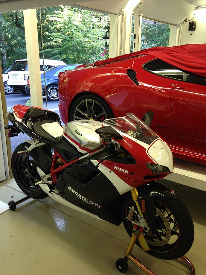 2010 ducati 1198s corse special edition 50 only 2982 for Garage mercedes corse