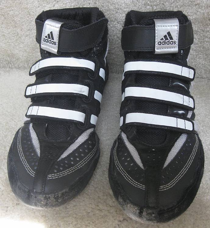 93f68c42b3f Adidas Extero Youth Boys Wrestling Shoes Size 7 Black White 016911 ...