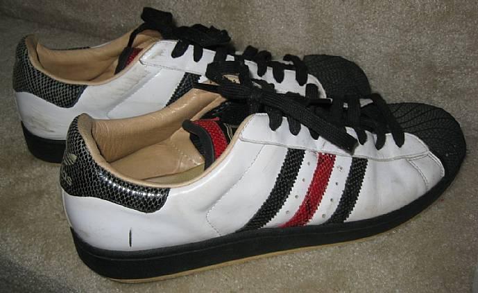 black adidas superstars size 12