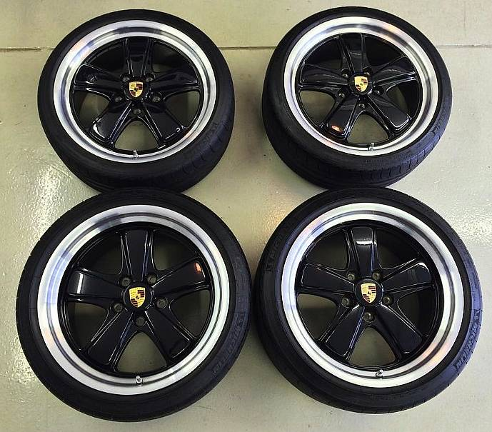 Porsche 19 Inch Sport Classic Wheel And Tire Set Concours