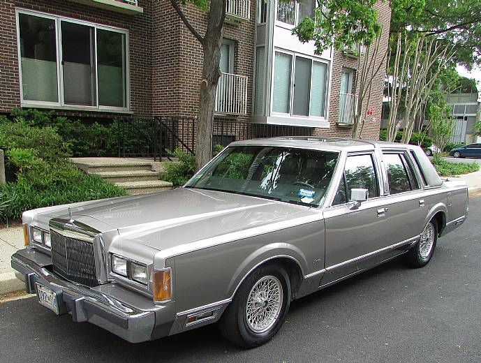 1989 lincoln town car cartier edition one owner 44k miles. Black Bedroom Furniture Sets. Home Design Ideas