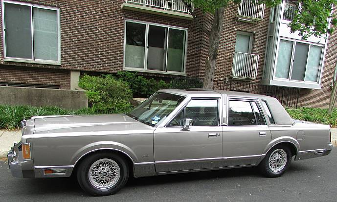 1989 Lincoln Town Car Cartier Edition One Owner 44K Miles ...