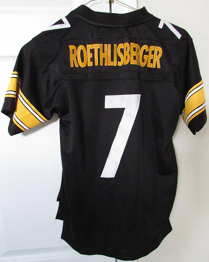 a436e6cf45e I am pleased to offer this NFL Pittsburgh Steelers Ben Roethlisberger #7  Reebok replica jersey. This is made from 100% polyester and is size youth  medium ...