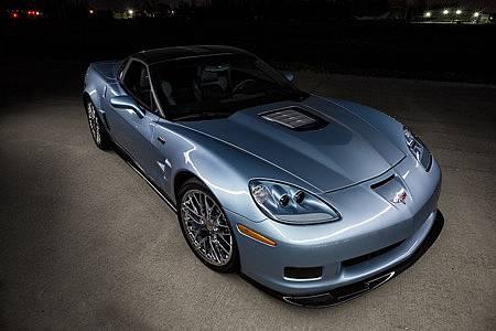 corvette zr carlisle blue metallic  miles wzr package    produced ronsussercom