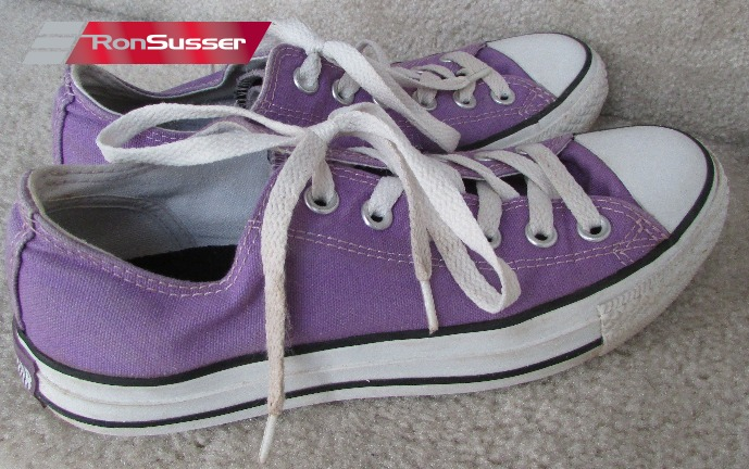 bf5b8c42a522ce I am pleased to offer these Converse Chuck Taylor All Stars womens slip-on  sneakers. Size is 5. Sneakers are in excellent pre-owned condition with  very ...