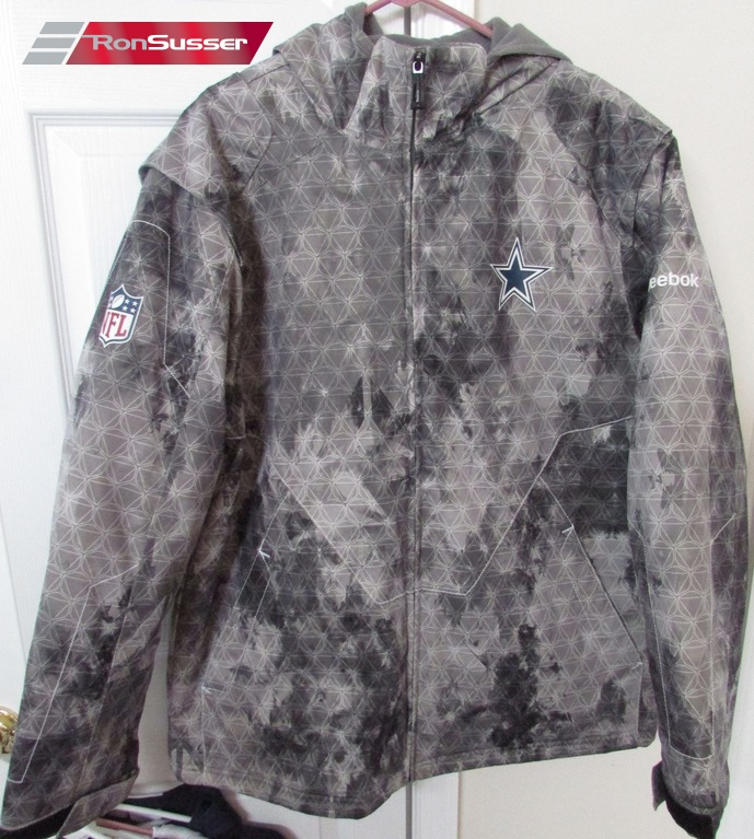 Available today is a great NFL Dallas Cowboys adult hoodie full zip jacket.  It is in excellent pre-owned condition. Made from 87% polyester and 13% ... 70da5b909