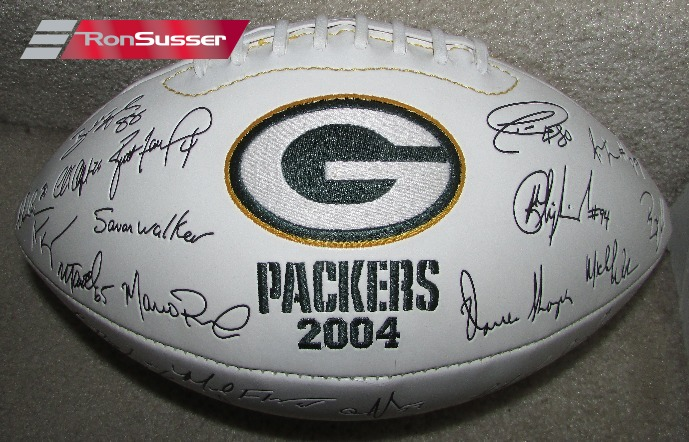 meet df05f dae48 NFL 2004 Green Bay Packers Signed Autographed Football ...
