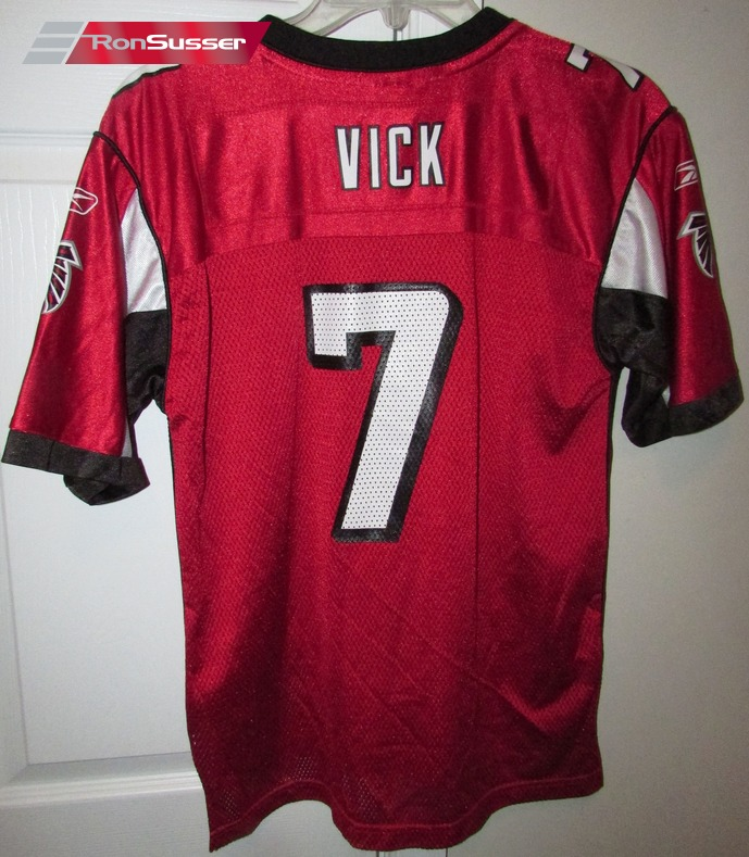 554dde34b I am pleased to offer this great Atlanta Falcons Michael Vick #7 NFL  replica jersey made by Reebok (OnField). This jersey is size youth large  (14-16) and ...