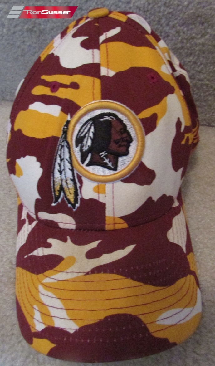 020e1fced35 Available today is a great NFL Washington Redskins baseball cap made by  Reebok. Hat is sized as OSFA. Cap is made from 98% cotton and 2% spandex  and is very ...