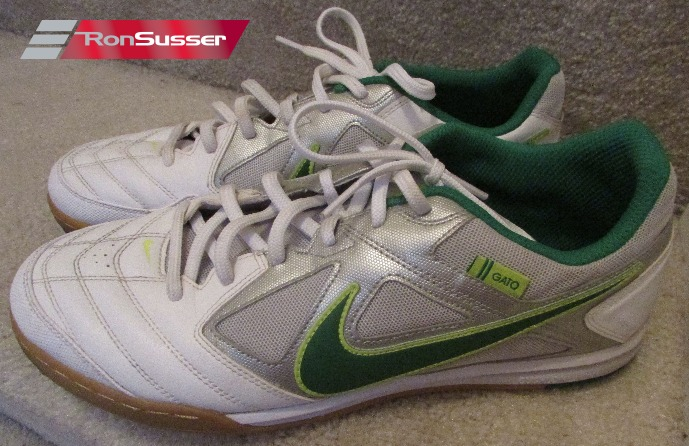 45152d8c6 Nike Gato 5 Five Mens Indoor Soccer Shoes White Green 415122-137 ...