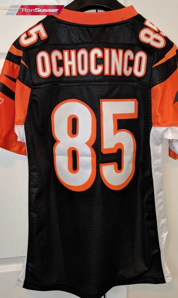 8f336804d NFL Cincinnati Bengals #85 Chad Johnson Replica Jersey Youth Large (14-16)  Ochocinco
