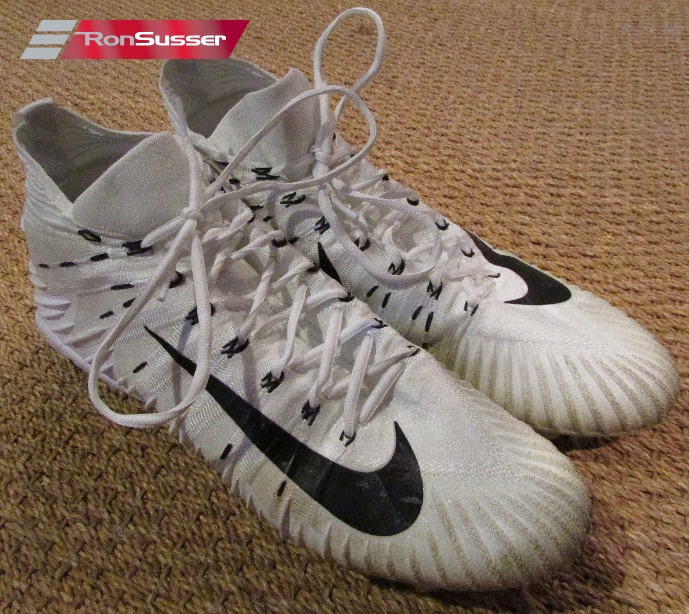 NFL Washington Redskins  71 Trent Williams Game Used White Football Cleats  Size 14 by Nike ca34739795e