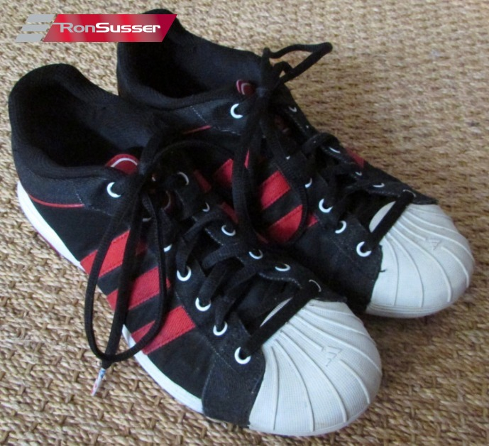 470d15a1369df NBA Toronto Raptors Adidas Superstar Sneakers Athletic Shoes Size 10  056823
