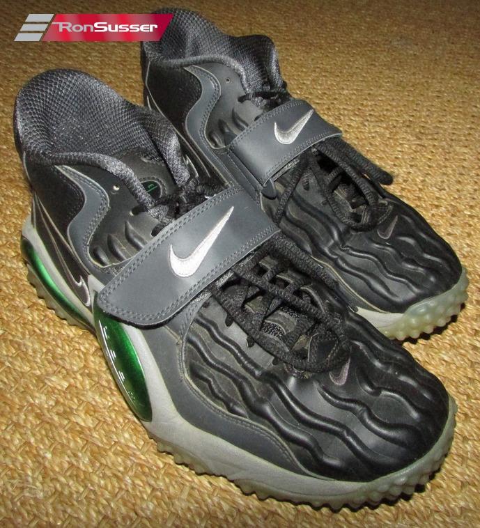 26774c3824d1 NIKE Air Zoom Turf Jet 97 Mens Cross Training Shoes 554989-001 Black Sz 11