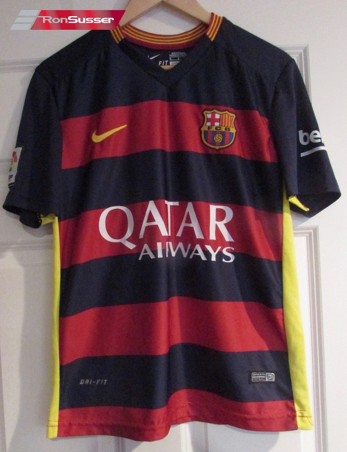 Fc Barcelona Luis Suarez 9 Qatar Airways Soccer Jersey Sz Small By Nike Ebay