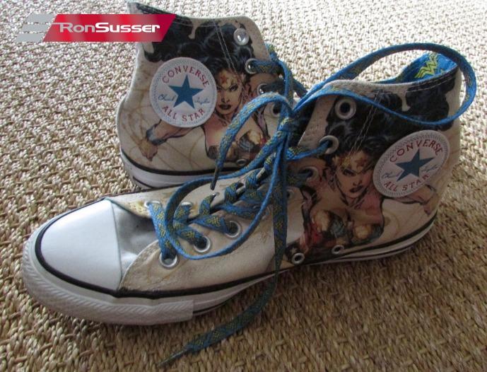 939b635daba7ca Converse Wonder Woman Shoes Sneakers Men 7 Women 9 Chuck Taylor 146781C