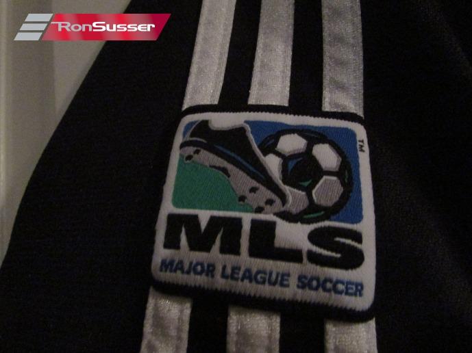 Medium Red//Grey 5-6 United Boys Full Zip Hoodie MLS D.C